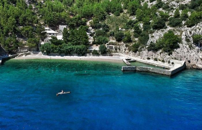 Dovolenka v Chorvátsku -  Luxusná vila s bazénom pri mori Zátoka Pisak