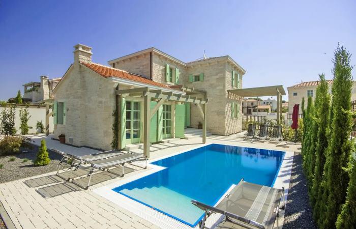 Dovolenka v Chorvátsku -  Luxusná vila s bazénom Ližnjan (Medulin)